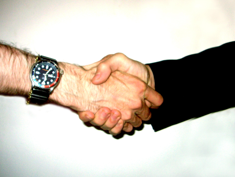 Shake_hand.jpg